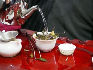 政和白茶の製茶場