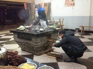人民公社土灶柴火鸡